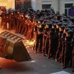 С сегодняшнего дня «Беркуту» разрешено применять огнестрельное оружие в отношении фашистов с майдана