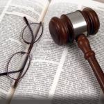 Органам опеки грозит уголовное наказание за незаконное изъятие детей