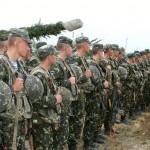 В Киев из Днепропетровска направлена бригада ВДВ, сообщил глава Минобороны