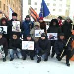 «Госдеп, руки прочь от Украины!» — под таким девизом прошел пикет НОД возле Генконсульства США в Екатеринбурге 7 февраля 2014