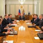 Владимир Путин обсудил с членами Совбеза РФ решение ВС Крыма о вхождении в состав России
