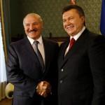 Лукашенко посоветовал Януковичу вернуться на Украину