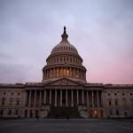 Барак Обама поддерживает законопроект об оказании помощи Украине и применении санкций против России