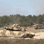 Украинские танки стягиваются к границе с Россией