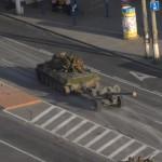 Украинская армия и ополченцы сражаются за Луганск