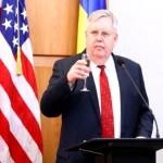 Мастер госпереворотов — посол США прибыл на Урал