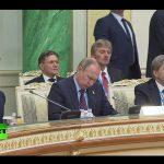 Владимир Путин на заседании Высшего совета ЕАЭС в Казахстане